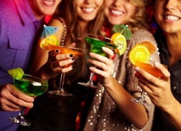 alcool-fete-Shironosov-Thinkstock-177292656-264293_371x268